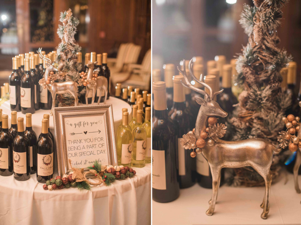 wine-favors-at-wedding-reception