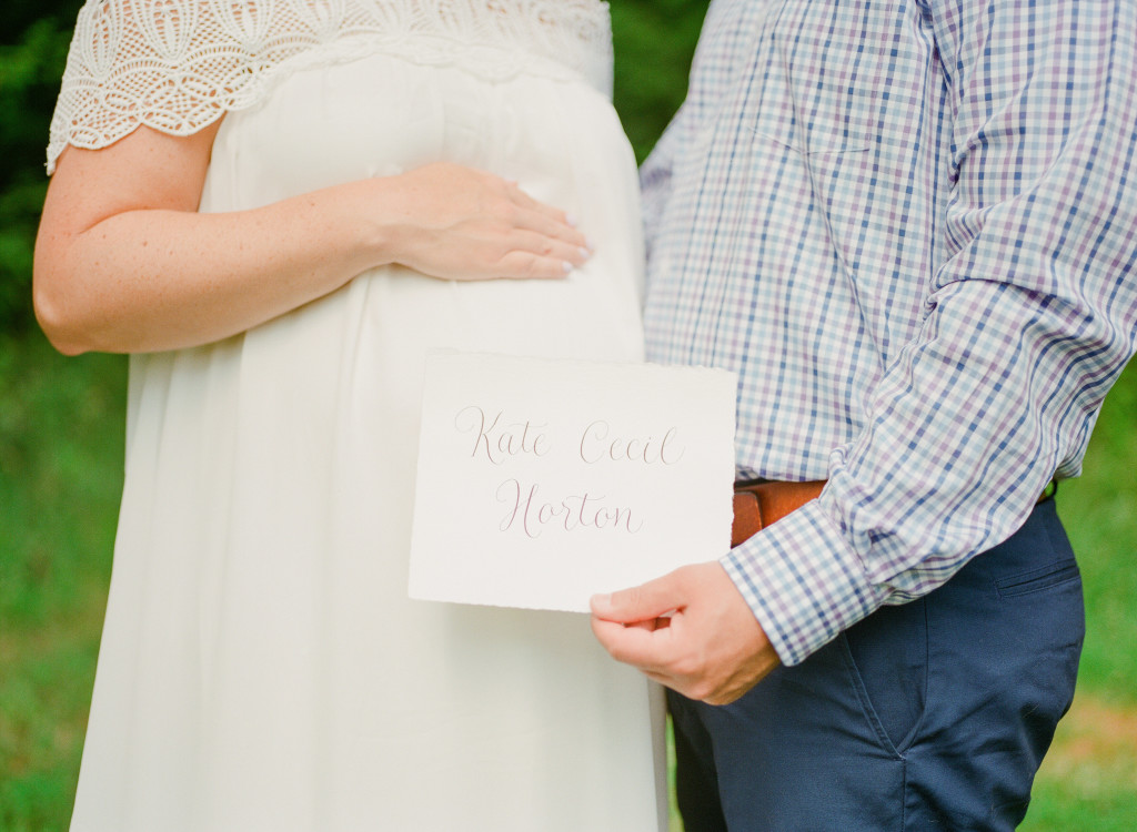 name reveal maternity session